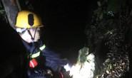 Cứu 4 du khách bị lạc ở Sơn Trà, một người câu cá tử vong