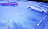 Kẻ cắp gặp bà già: Đang trộm cửa hàng lại bị... rinh mất xe!