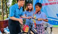 Bình Phước: Tặng quà đồng bào dân tộc thiểu số và học sinh nghèo