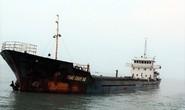 Tàu hàng bị chìm, 10 thuyền viên vẫn mất tích trên biển Thừa Thiên- Huế