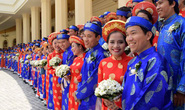 Lễ cưới tập thể cho công nhân khó khăn