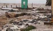 Hàng loạt nhà dân bị nước biển xóa sổ sau bão số 3