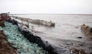 Miền biển Tây Cà Mau tan hoang sau mưa bão