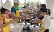 Bữa ăn trưa vui vẻ ở Công ty TNHH Dệt may VTJ - Toms