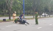 Rồ ga xe máy tông CSGT nhập viện khi bị kiểm tra