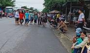 Sạt lở đèo Bảo Lộc: Hàng trăm người vật vạ ngoài đường vì kẹt xe