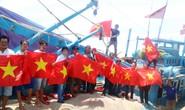 Trao 1000 lá cờ Tổ quốc cho ngư dân Bình Thuận