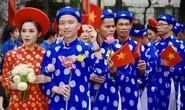 Ấm áp lễ cưới tập thể của 100 đôi công nhân trong Ngày Quốc Khánh