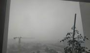 Bầu trời TP HCM liên tục có màu trắng đục!