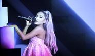 Ca sĩ Ariana Grande kiện Forever 21, đòi bồi thường 10 triệu USD