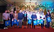 Hà Nội: Trao 57 phần quà Tết cho công nhân khó khăn