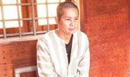 Vợ trẻ bị chồng chém 4 nhát vào đầu do đánh bạc thua tiền