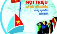 Một triệu lá cờ Tổ quốc cùng ngư dân bám biển: CHƯƠNG TRÌNH GIÀU Ý NGHĨA