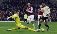 Man United lo lỡ bước trước Burnley
