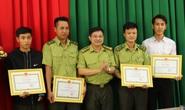 Đắk Lắk: Tặng bằng khen cho 4 kiểm lâm dũng cảm truy bắt lâm tặc