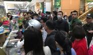 CLIP: Chen lấn mua khẩu trang y tế tại chợ thuốc lớn nhất miền Bắc
