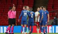 Thua sốc Đan Mạch trên sân nhà, tuyển Anh mất ngôi đầu Nations League
