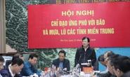 Phó Thủ tướng: Nhiệm vụ số 1 là tập trung cứu trợ cho người dân miền Trung
