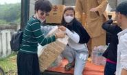 Thúy Diễm, Ái Châu bức xúc vì bị chỉ trích khi làm từ thiện