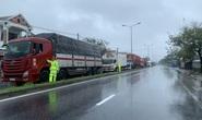 Hơn 1.200 xe ôtô bị mắc kẹt ở Bắc hầm Hải Vân vì bão số 9