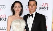 Angelina Jolie thất bại khi đòi đổi thẩm phán xử ly hôn Brad Pitt