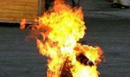 Người đàn ông 61 tuổi về Bình Định chém vợ chồng thông gia rồi tự thiêu