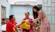 Ngọc nữ bolero Tố My cùng Báo Người Lao Động đến với người dân  vùng bão huyện Nông Sơn
