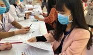 CLIP: Rất đông người tình nguyện đăng ký thử nghiệm vắc-xin Covid-19