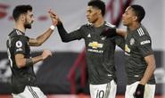 Man United ngược dòng thành công, hụt Top 4 trong gang tấc