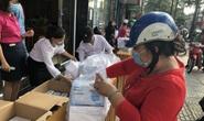 CLIP: Người dân TP HCM mua khẩu trang chống dịch Covid-19