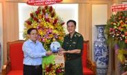 Tổng Biên tập Báo Người Lao Động thăm, chúc mừng các đơn vị quân đội