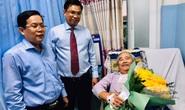 Chương trình Mai Vàng nhân ái thăm và thanh toán toàn bộ viện phí cho NSND Trần Minh Ngọc