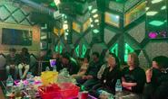 Quảng Bình: Tạm giữ 11 người làm điều mờ ám trong phòng karaoke