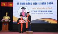 Trao bằng tiến sĩ, thạc sĩ cho 436 nghiên cứu sinh, học viên cao học