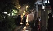 Mâu thuẫn gia đình, chồng đốt bình xăng xe máy khiến vợ bỏng nặng