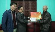 Mai Vàng nhân ái thăm, tặng quà nhà văn, nhà báo Tạ Kim Hùng