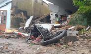 Kinh hoàng xe container càn quét 7 nhà dân bên Quốc lộ 1, nhiều người thoát chết