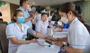 Giải cứu ngân hàng máu mùa Covid-19, hàng trăm y bác sĩ hiến máu tình nguyện