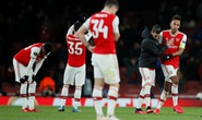 Đương kim á quân Arsenal bị loại sốc vòng knock-out Europa League