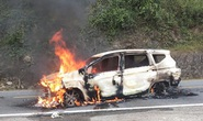 Ôtô bốc cháy sau tiếng nổ lớn, 2 người tử vong trong xe ở Quảng Nam