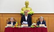 Thủ tướng Nguyễn Xuân Phúc: Không vì lý do dịch bệnh mà thoái chí, bàn lui