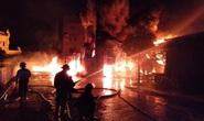 Cháy lớn kho chứa lốp ôtô và dầu nhờn sau tiếng nổ