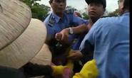 Nam nhân viên chợ Đông Hà đánh nữ tiểu thương gây bức xúc
