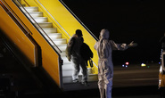 Tâm sự của nhân viên đầu tiên gõ cửa máy bay đón người từ vùng dịch Covid-19 trở về