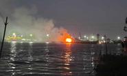 Vụ cháy tàu chở xăng trên sông Đồng Nai: Tìm thấy thi thể thứ 3 trong buồng lái