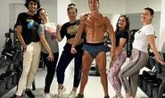 Choáng với body siêu nhân tuổi 35 của Ronaldo giữa mùa dịch