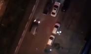 3 ôtô rượt đuổi náo loạn khu phố, hỗn chiến nghi có nổ súng