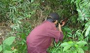 Thợ săn thú rừng chết thảm bên cây súng của mình