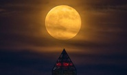 Bầu trời sắp xuất hiện siêu trăng giun, siêu trăng hồng kèm nguyệt thực nửa tối