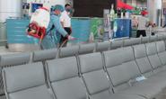 Chưa tìm thấy 5 người ở TP HCM đi cùng máy bay hành khách Nhật nhiễm Covid-19